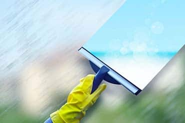 office cleaning window cleaning service